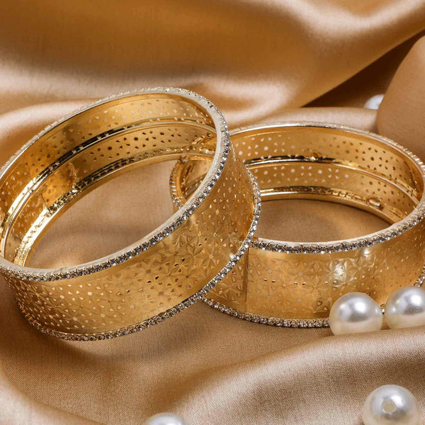 Rich Look-Like Jewellery Golden Bracelet Pair With Intricate Stone Work