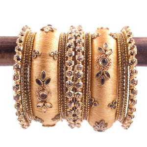 Traditional Thread Bangle set for Both hands by Leshya