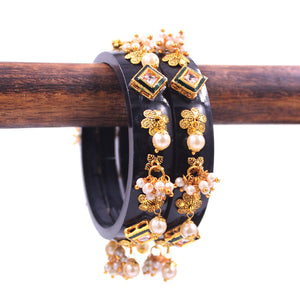 Set of 2 Acrylic Kundan Gajra Bangles by Leshya
