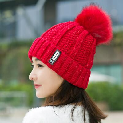 LuxeFrog - Women's High Quality Winter Beanie with Pom Poms