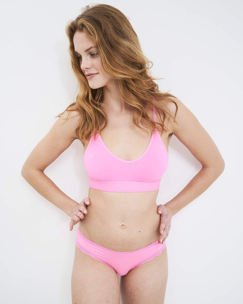 T-Shirt Bra in Hot Pink