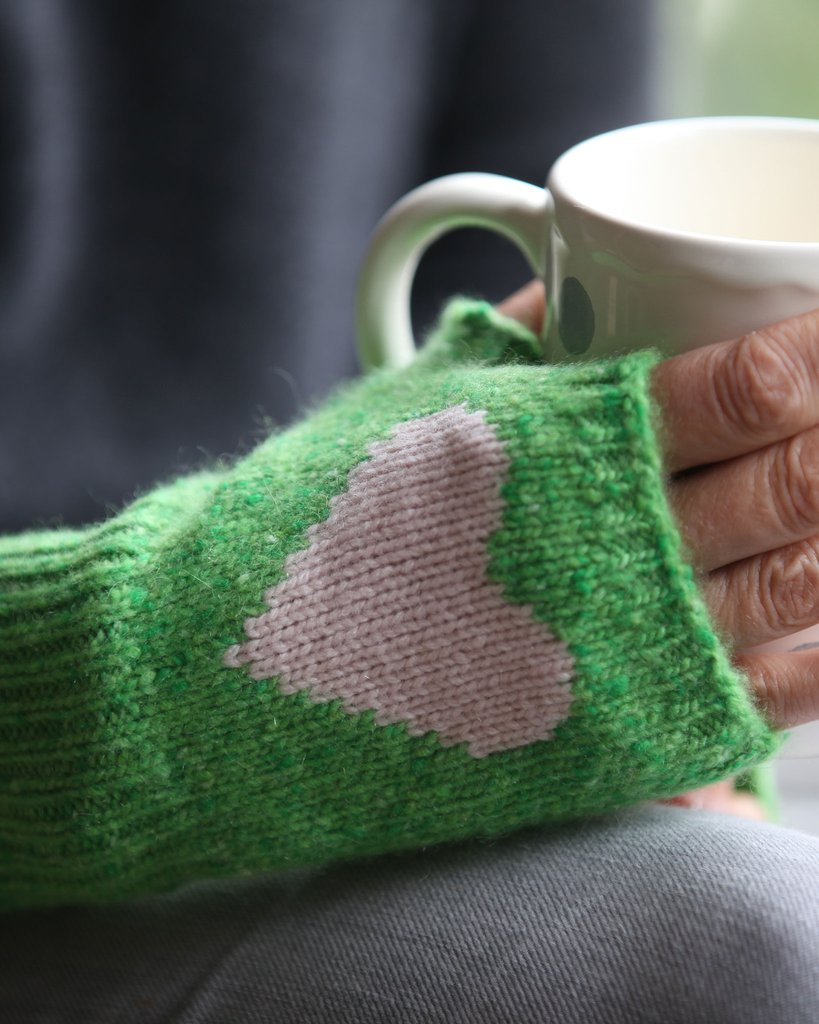 Pure Cashmere Heart Handwarmers