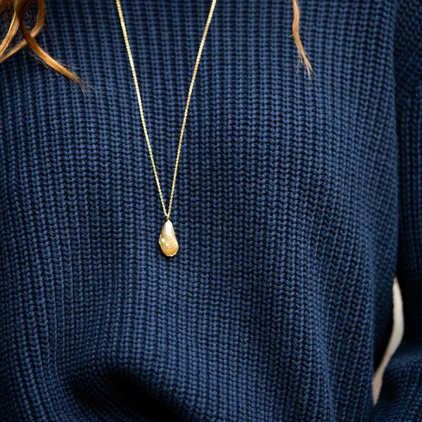 Mussel Shell and Pearl Pendant Gold Plated