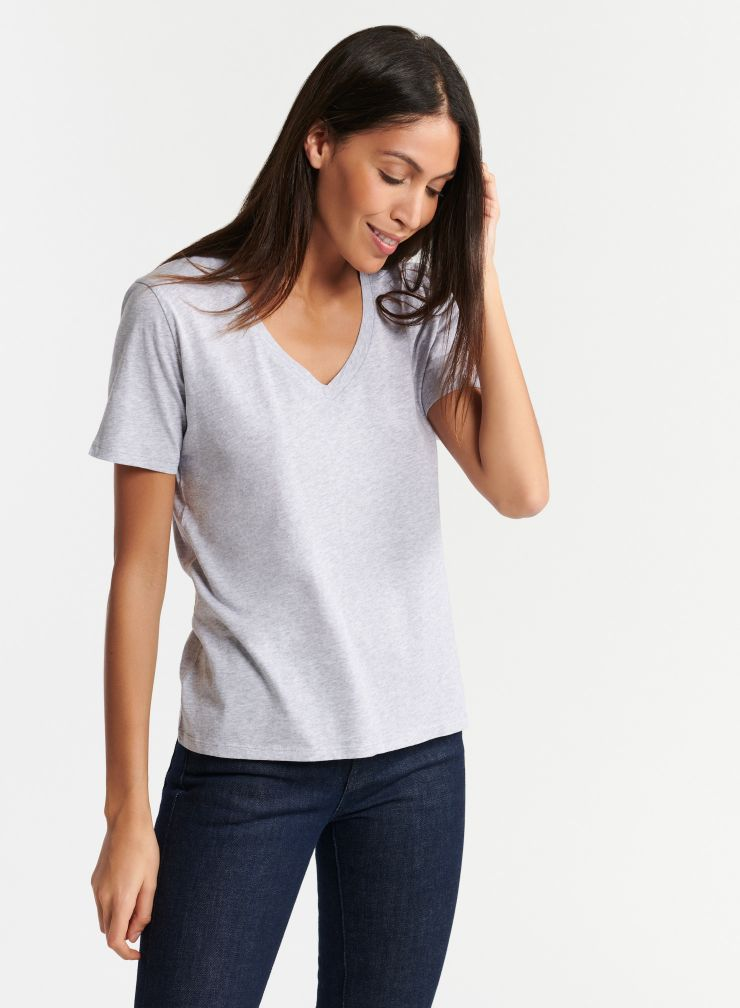 Julia V Neck T-Shirt in Grey