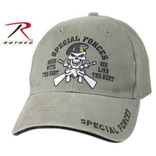 "Cargar imagen en el visor de la galería, Gorra ""Special Forces Mess with the Best Die Like the Rest"""