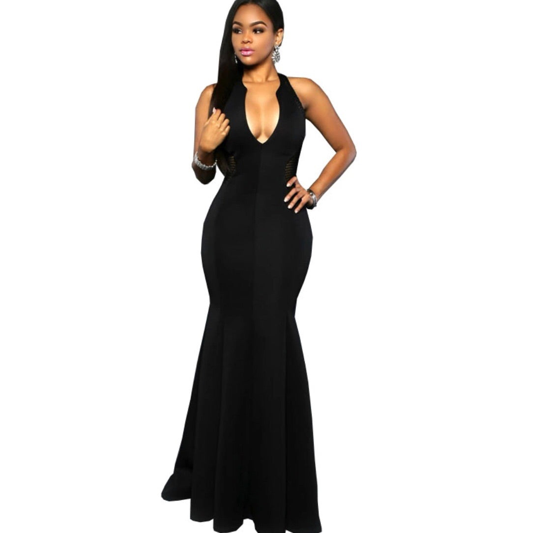 Meghan Plunging Dress - The Divaz Closet