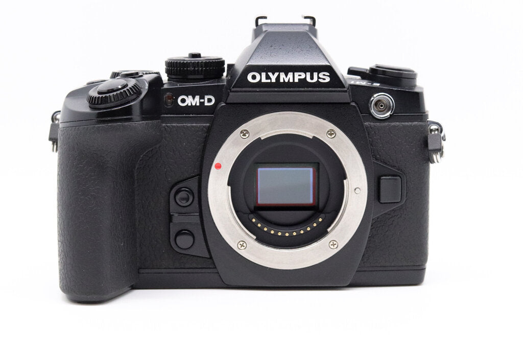 Olympus OM-D E-M1 MK 1 Mirrorless Digital Camera