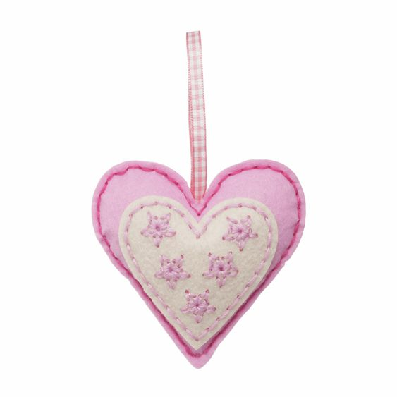 Trimits Make Your Own Felt Heart Sewing Kit
