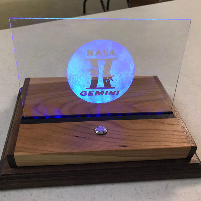 Lighted Etched Glass Signs and Displays