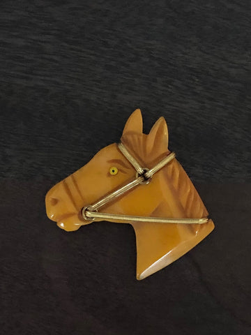 Vintage-Butterscotch Bakelite-Glass-Eyed-Horse-Head-Figural-Pin-Brooch