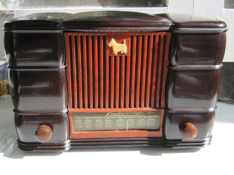 "Antique Remler ""Scotty"" bakelite radio"
