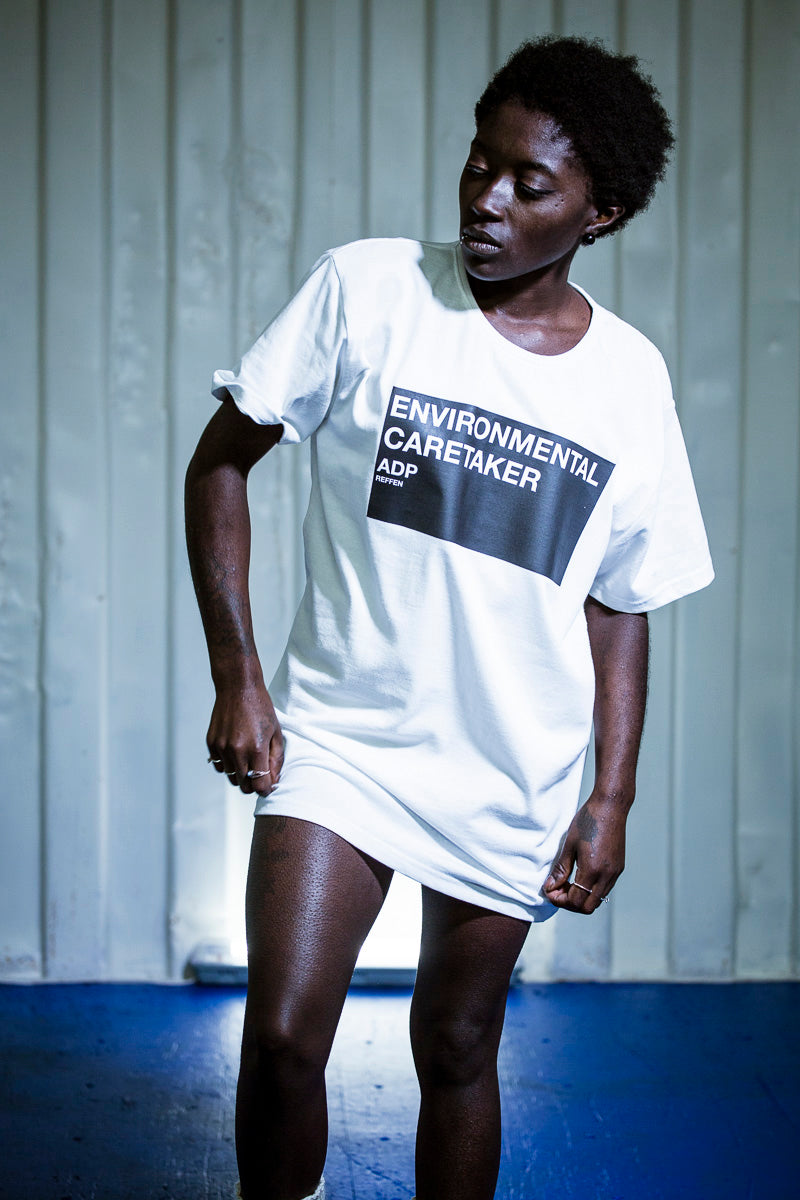 white t-shirt print sustainable fashion