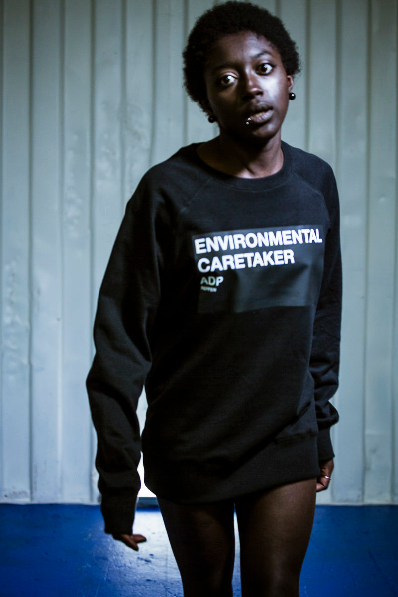 crewneck sweatshirt made of pure waste