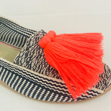 Casa de Vera Amaya Tassel Espadrillas in Flo Orange