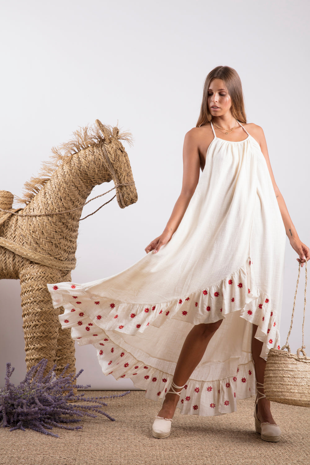 Sundress.fr Alice Off-White and Daisies Embroideries Maxi Beach Dress