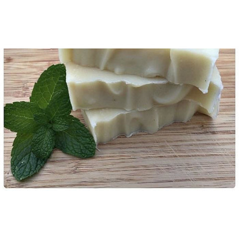 Simple Beauty Organic Peppermint Shampoo Bar