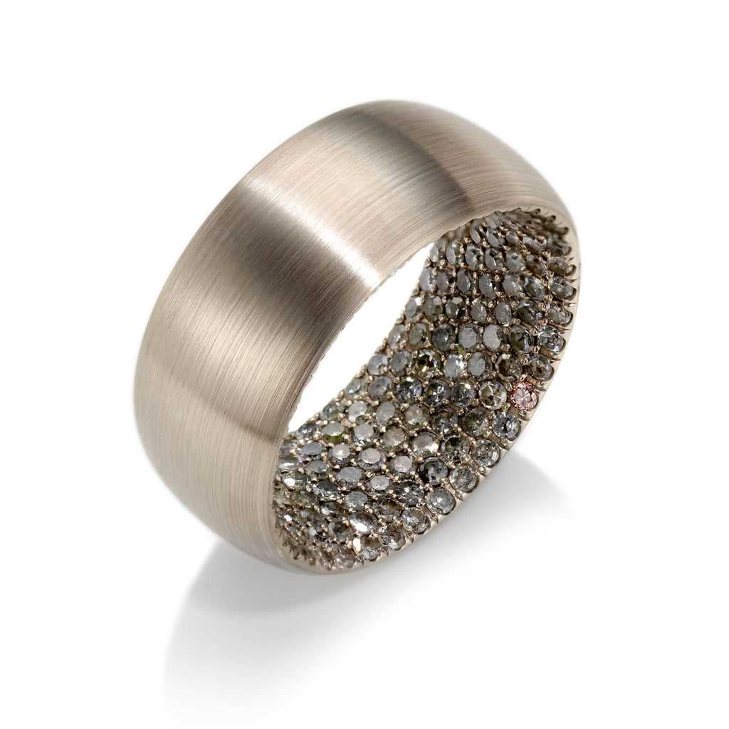 Matisse Pavé Band in 18K Gray Gold - David Alan