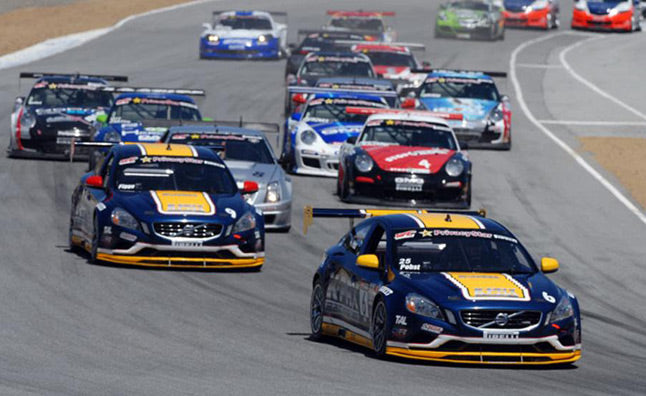 FIELD OF 100 CARS FOR PIRELLI WORLD CHALLENGE SEASON OPENER