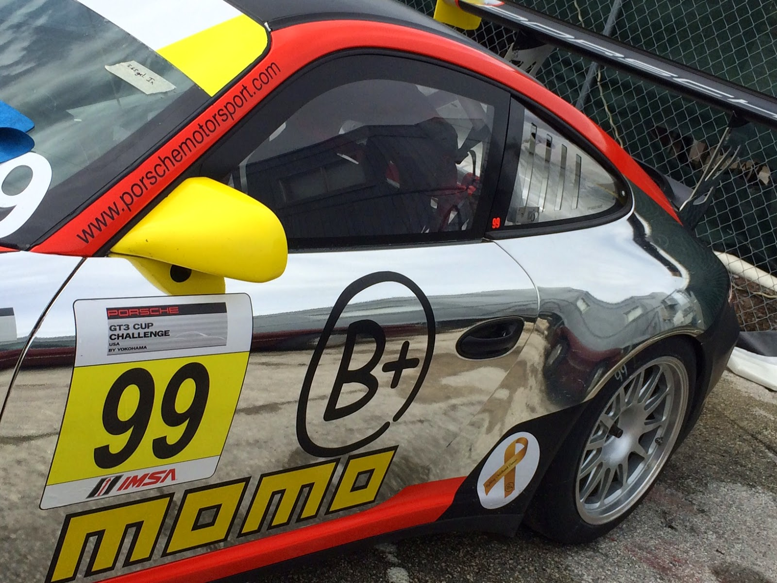 MOMO TO SPONSOR PIRELLI WORLD CHALLENGE GT-CUP CLASS