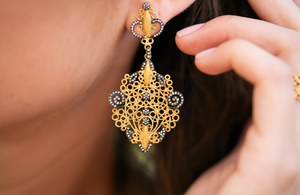 small earrings <br><i>Hawa Collection</i></br>