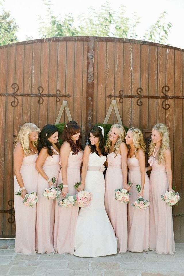 10 Blush Wedding Inspirations