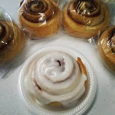 Stong Bread - Cinnamon Roll with Frosting