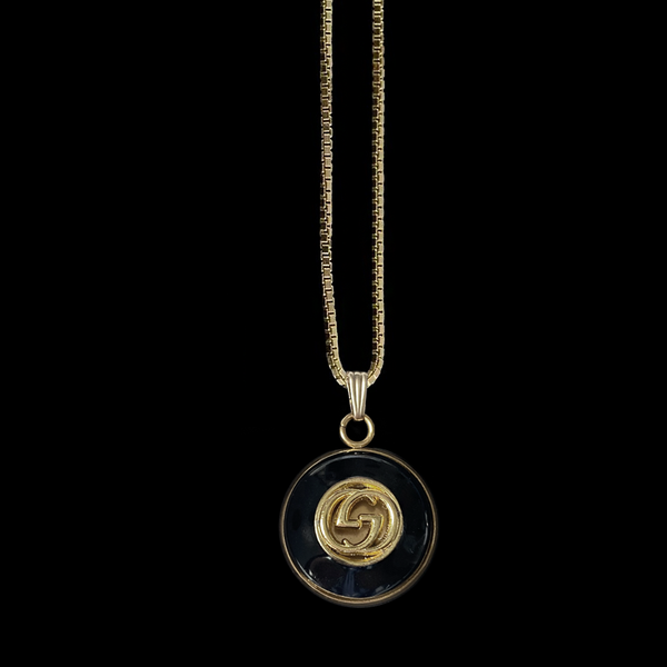 GG Medallion - Black