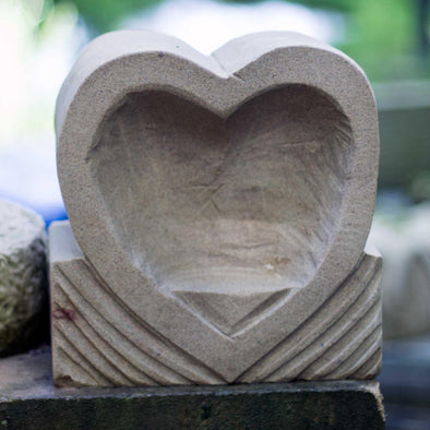 Small love heart Sculpture by Andrew Vickers (Stoneface) - Joe Scarborough Art