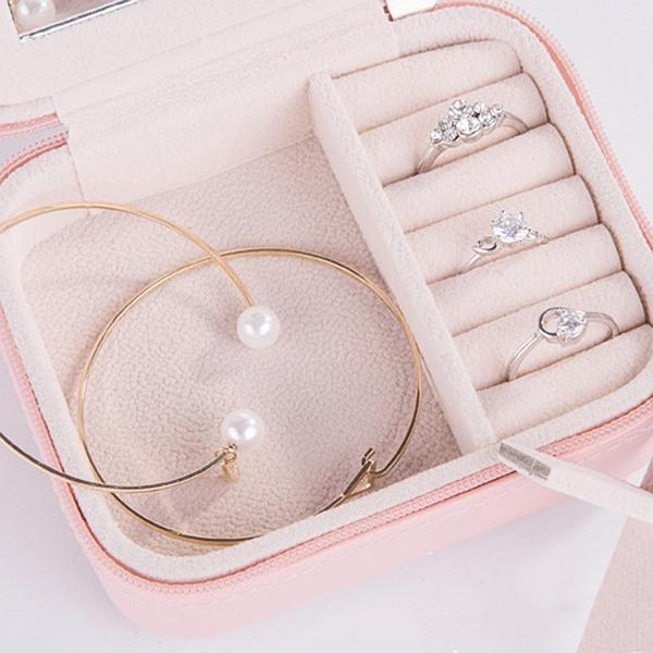 Portable Jewelry Organizer - My Gaia Travel Buddy