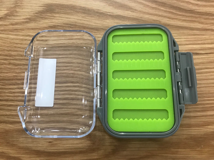 UPSTREAM WATERPROOF FLY BOX - SILICONE