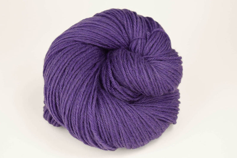 Deluxe Worsted - NEW Yarn Universal Yarn 111835 Purple