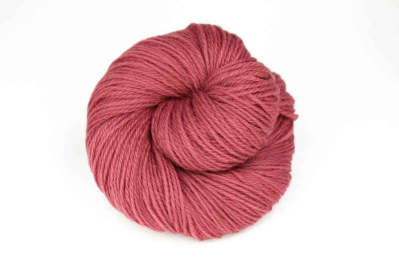Deluxe Worsted - NEW Yarn Universal Yarn 12173 Berry Crush