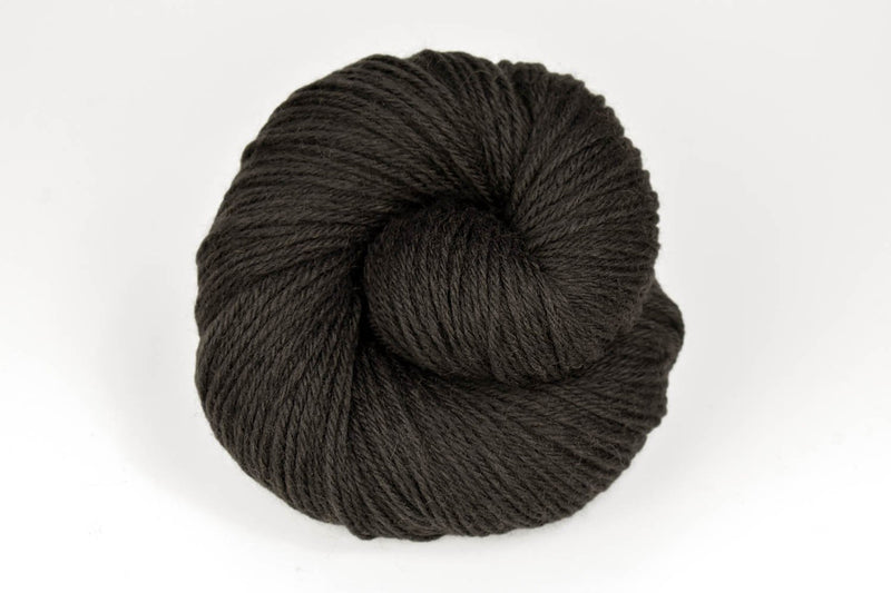 Deluxe Worsted - NEW Yarn Universal Yarn 12178 Turkish Coffee