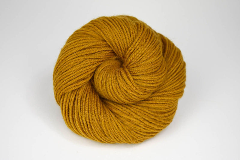 Deluxe Worsted - NEW Yarn Universal Yarn 12182 Gold Spice