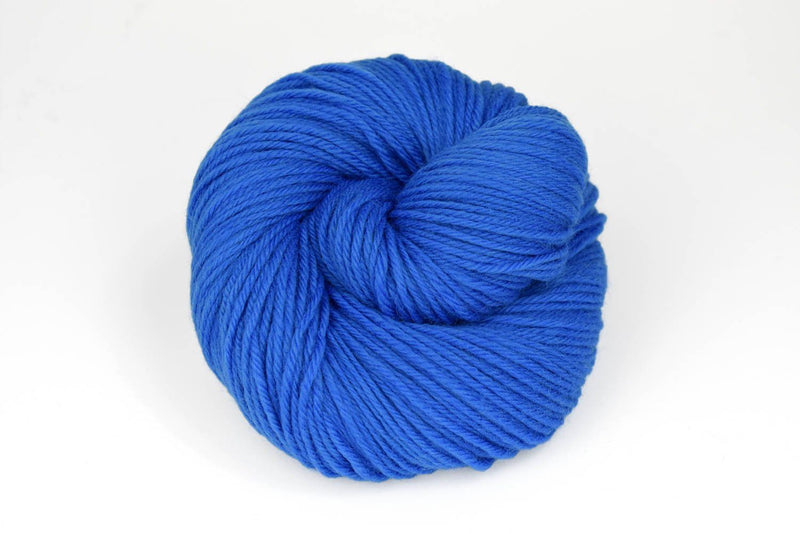 Deluxe Worsted - NEW Yarn Universal Yarn 12192 Nitrox Blue