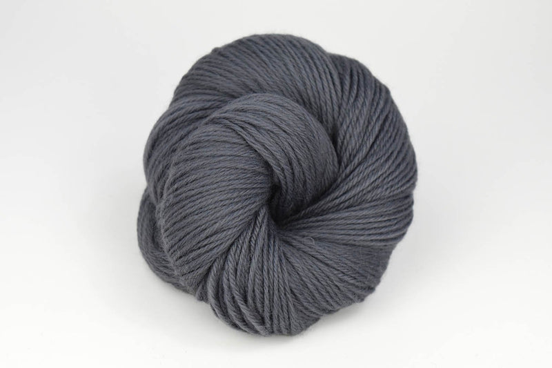 Deluxe Worsted - NEW Yarn Universal Yarn 12235 Sidewalk Grey