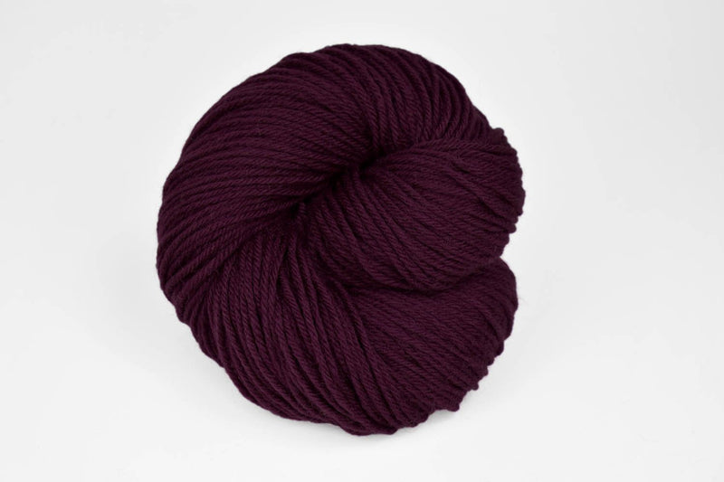 Deluxe Worsted - NEW Yarn Universal Yarn 12273 Plum Dandy