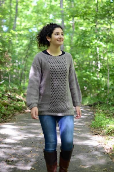 Deluxe Superwash: Fall Classics Pattern Universal Yarn