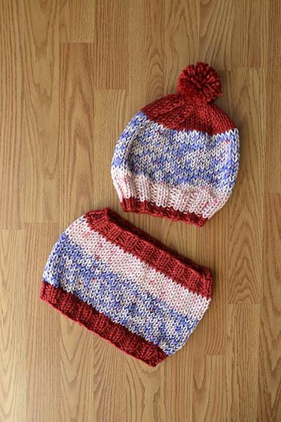 USA Hat and Cowl Pattern Universal Yarn