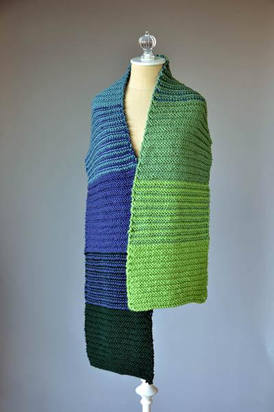 Suddenly, Gradiently! Scarves Pattern Universal Yarn