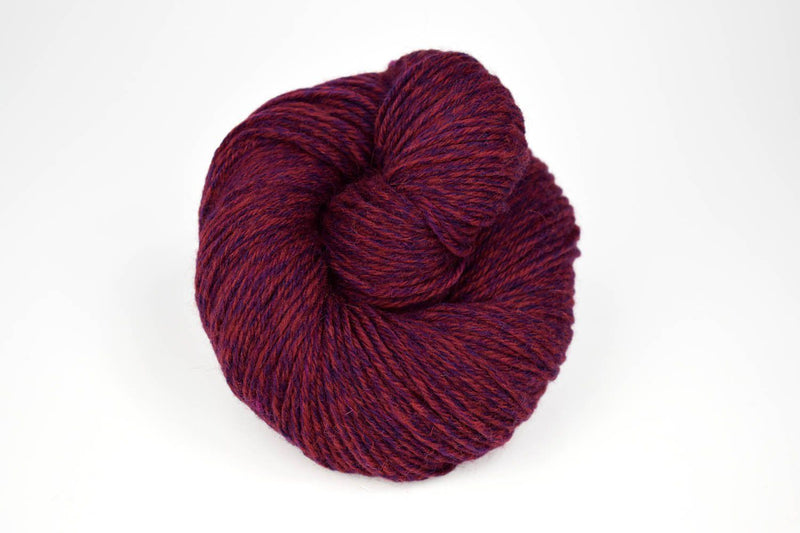 Deluxe Worsted - NEW Yarn Universal Yarn 15001 Red Rustic