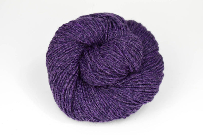 Deluxe Worsted - NEW Yarn Universal Yarn 15003 Grape Rustic