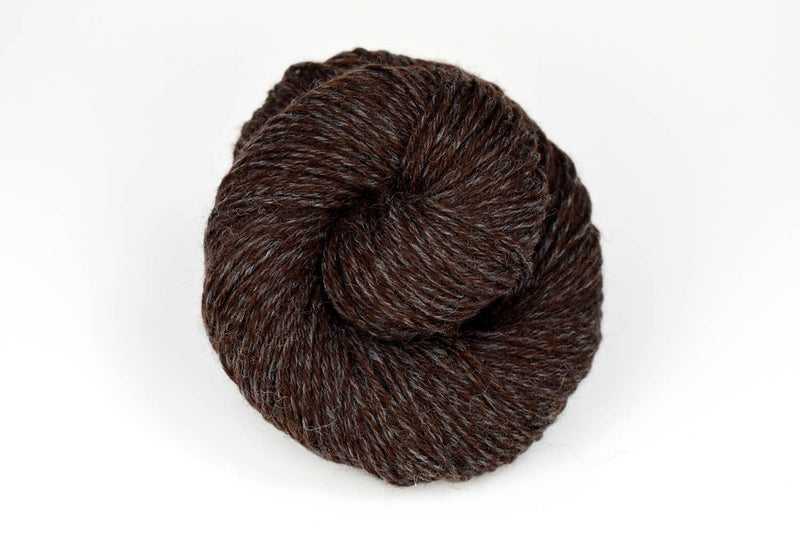 Deluxe Worsted - NEW Yarn Universal Yarn 15007 Cappuccino Rustic