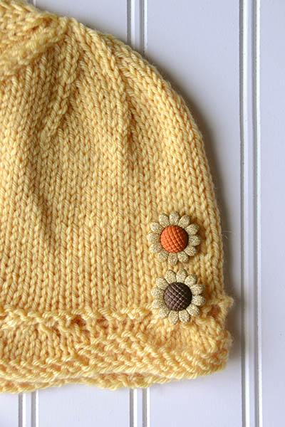 Little Acorn Pattern Universal Yarn