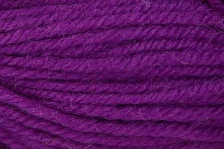 Deluxe Chunky Yarn Universal Yarn 22275 Mulberry