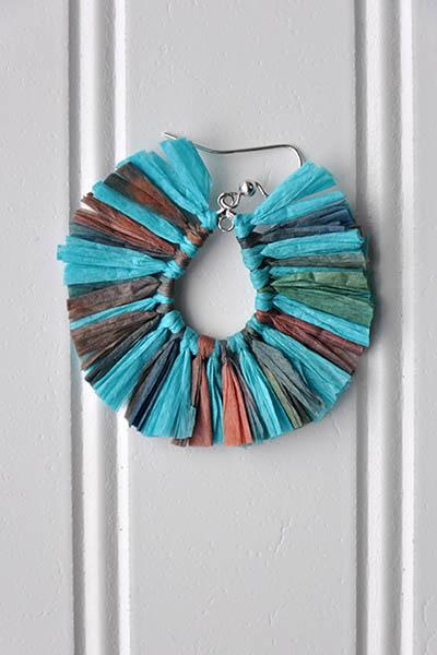 Malawi Earrings Pattern Universal Yarn