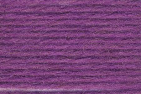 Deluxe Chunky Yarn Universal Yarn 3714 Violet Glow