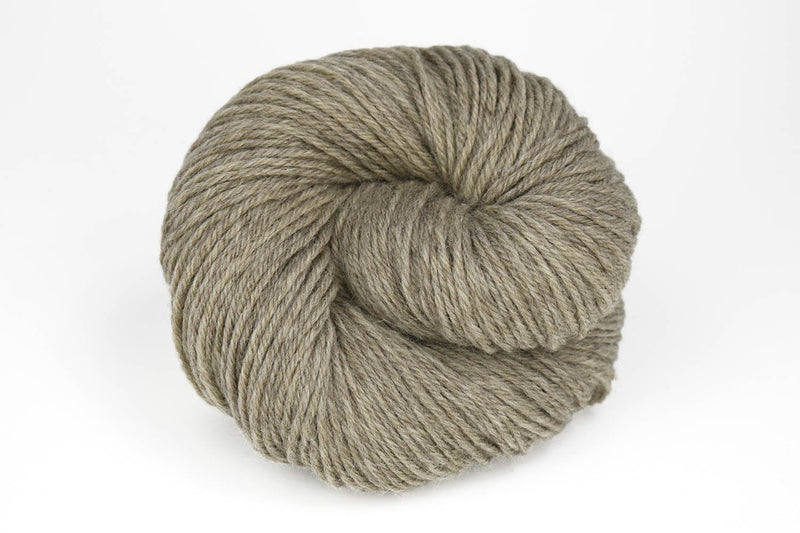 Deluxe Worsted - NEW Yarn Universal Yarn 40003 Musket - UNDYED