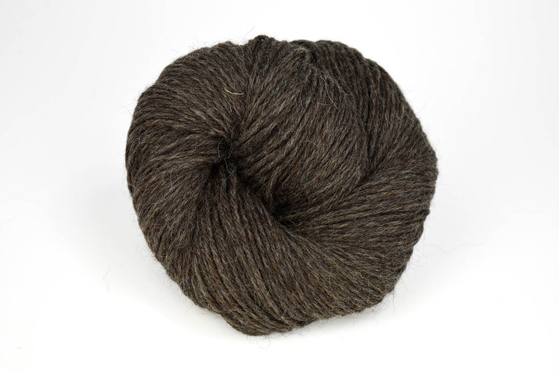 Deluxe Worsted - NEW Yarn Universal Yarn 40004 Pewter - UNDYED