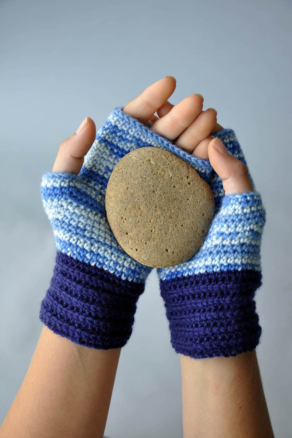 Magic Mitts Pattern Universal Yarn